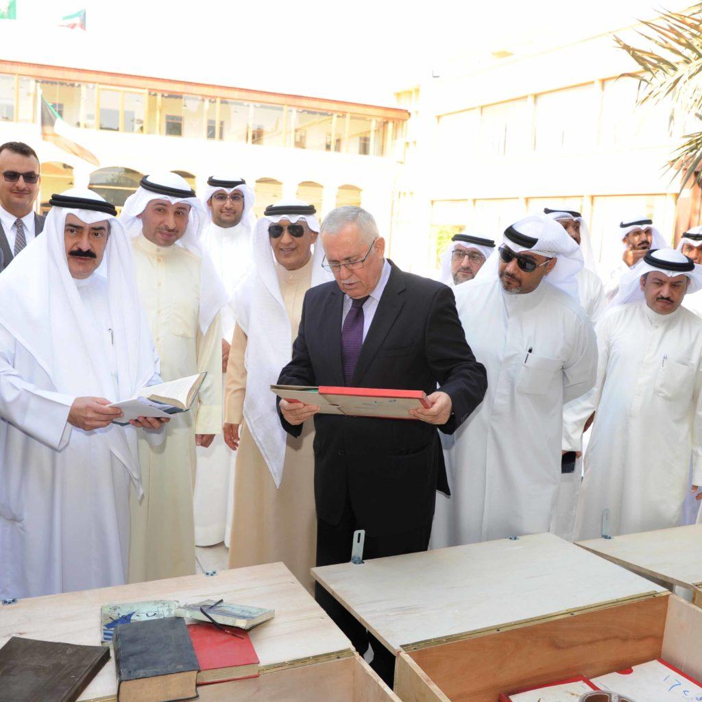 العراق يعيد جزء من الأرشيف الكويتي خلال الغزو